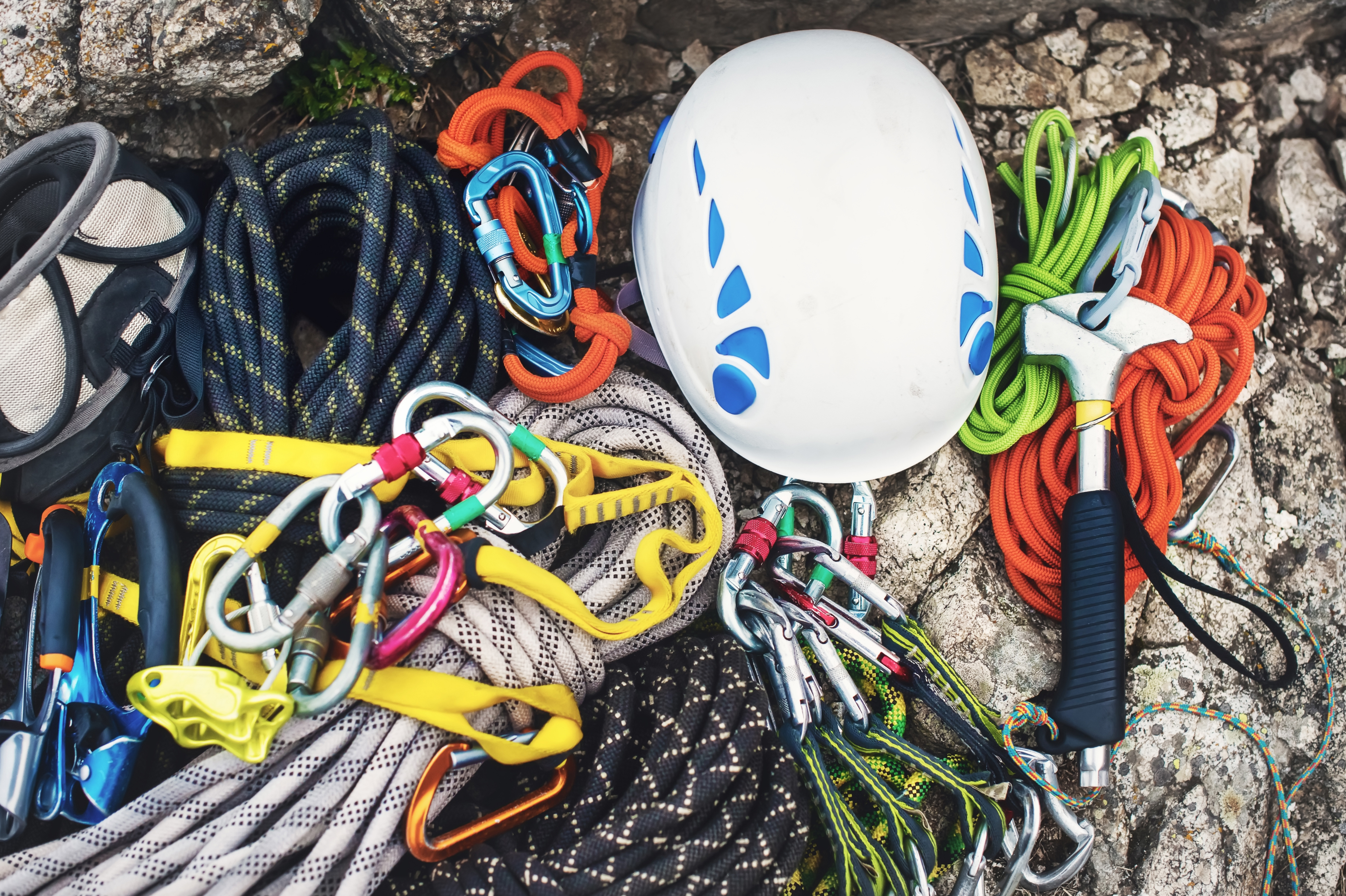 Can You Rappel On A Dynamic Rope? Static vs. Dynamic Rope for Rappelling